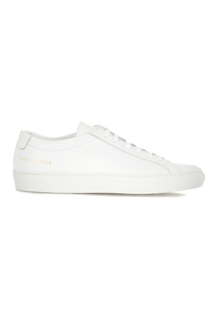 Common-Projects-White-Trainers-Vogue-22April16_b_426x639.jpg