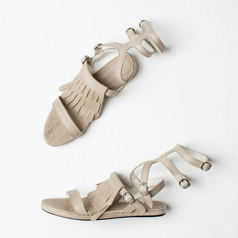 FLY_gladiator-sandals_375dollari.jpg