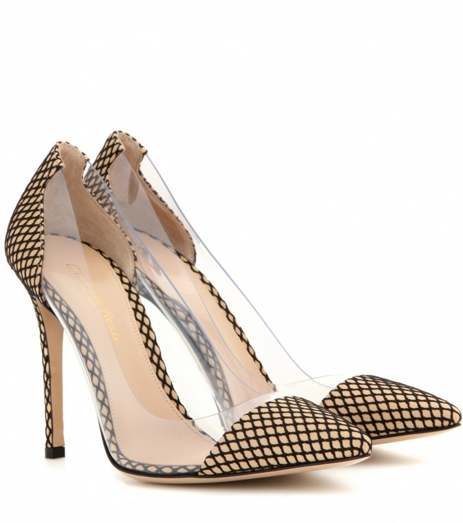pumps-in-pvc-gianvito-rossi. scarpemagazine jpg