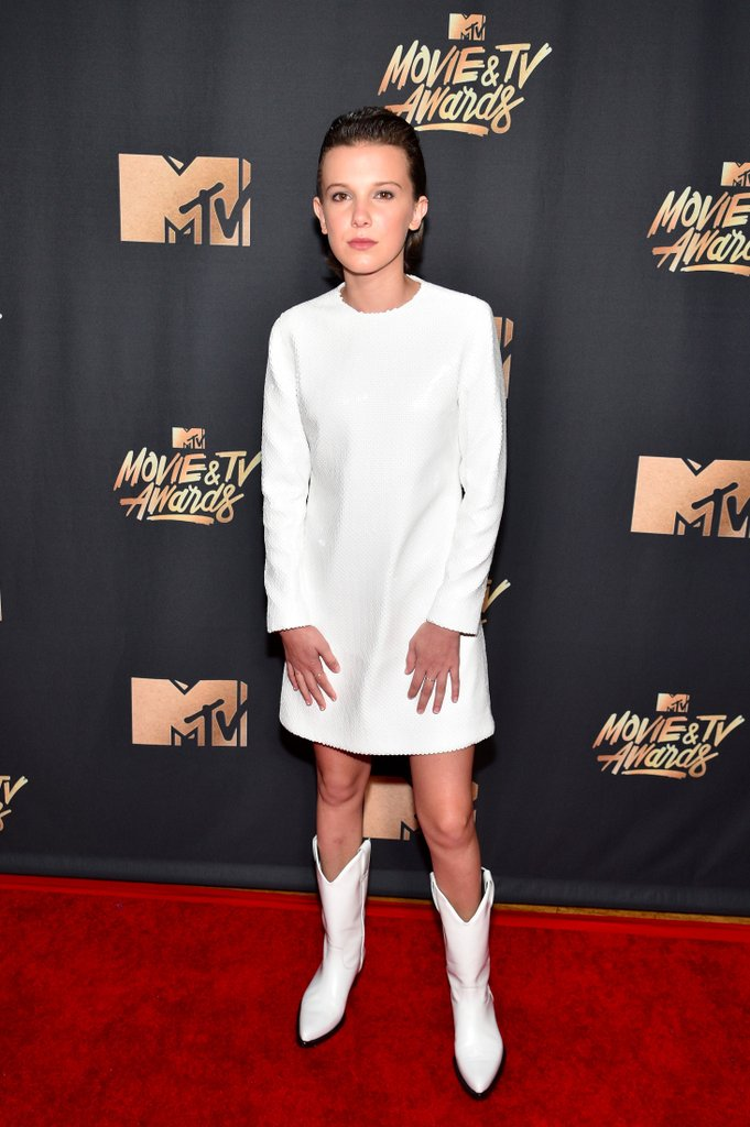 Millie-Bobby-Brown-White-Dress-MTV-Movie-Awards-2017