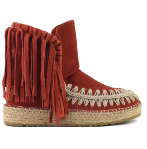 eskimo jute with suede fringed  € 219,00