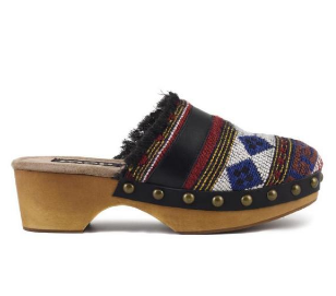 handwoven tribal clog  € 139,00