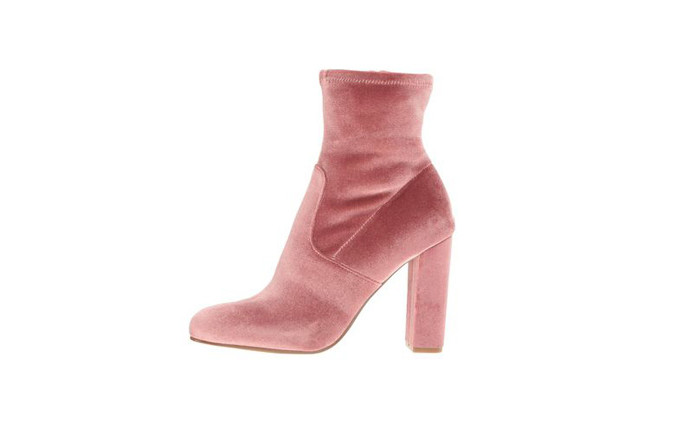 Steve Madden: Comfy and Chic!