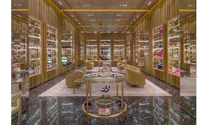 Un angolo di paradiso: Dubai Level Shoe District