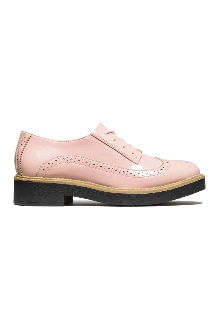 Brogues laccate, 24,99 euro