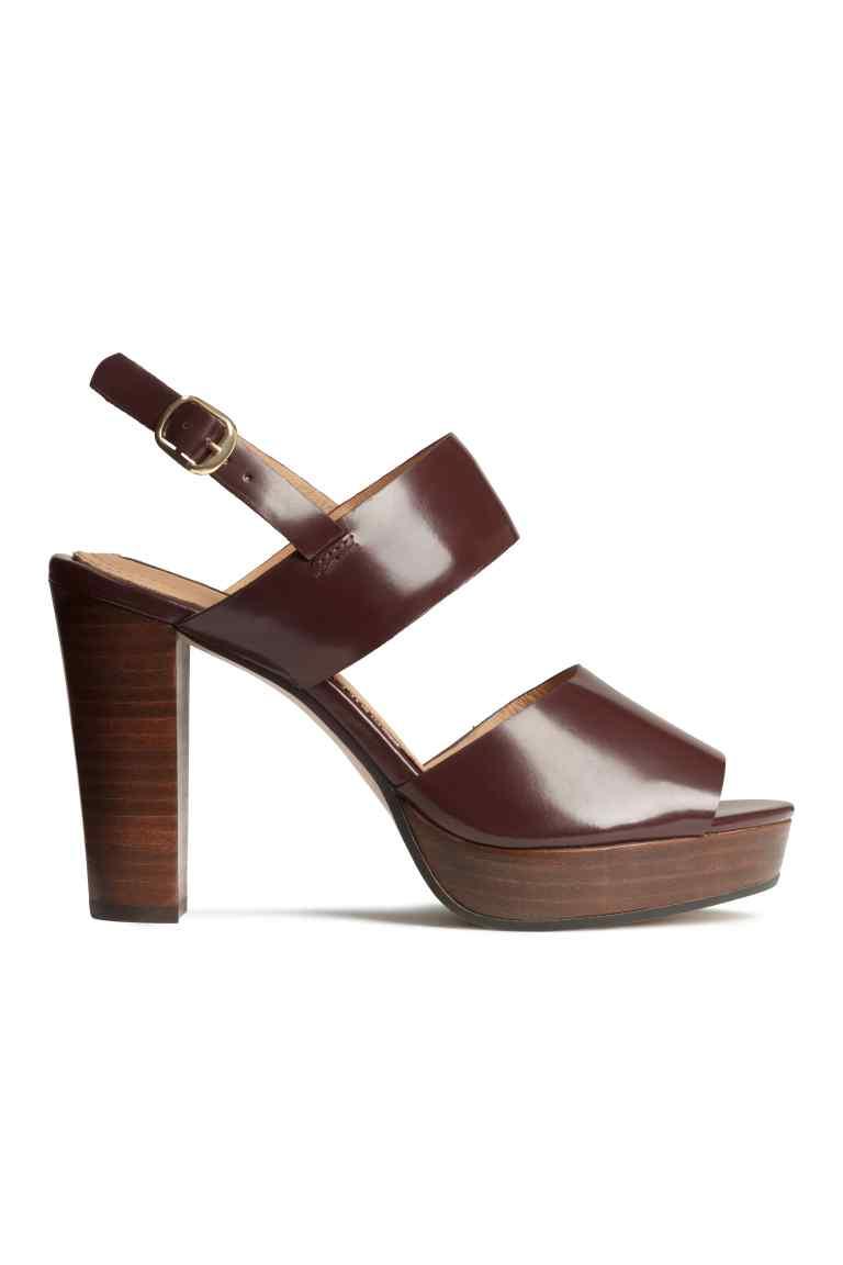Sandali in pelle, 59,99 euro