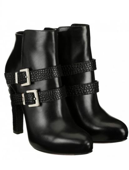 scarpe magazine scarpe magazine  ankle-boot-in-pelle-con-tacco-cesare-paciotti