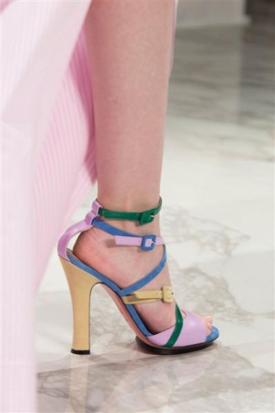 Blumarine_scarpe magazine