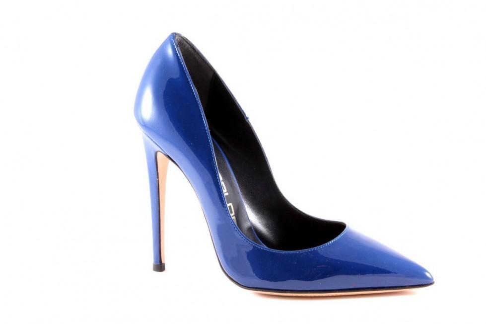 decolletes-blu-in-vernice. scarpe magazine scarpemagazine jpg