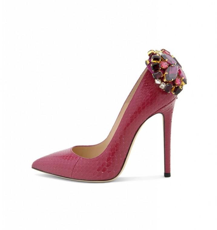 pumps-con-inserti-gioiello. scarpe magazine scarpemagazine jpg