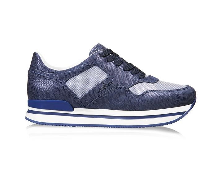sneakers-blu-e-bianche.scarpe magazine