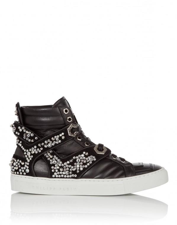 sneakers-con-scarpe magazineswarovski-bianchi