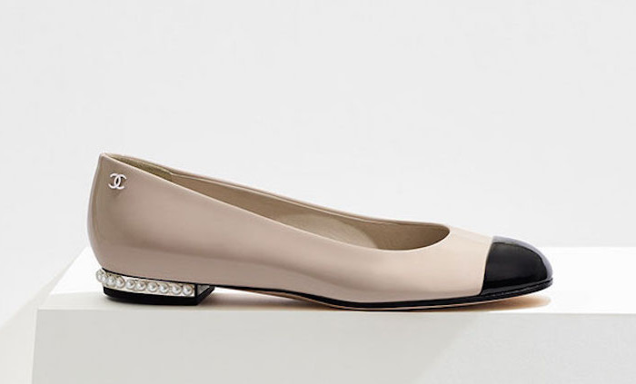 Ballerine cap toe di Chanel: per sentirsi un po' Audrey Hepburn