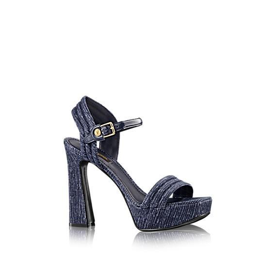 sandalo-alto-con-zeppa scarpe magazine