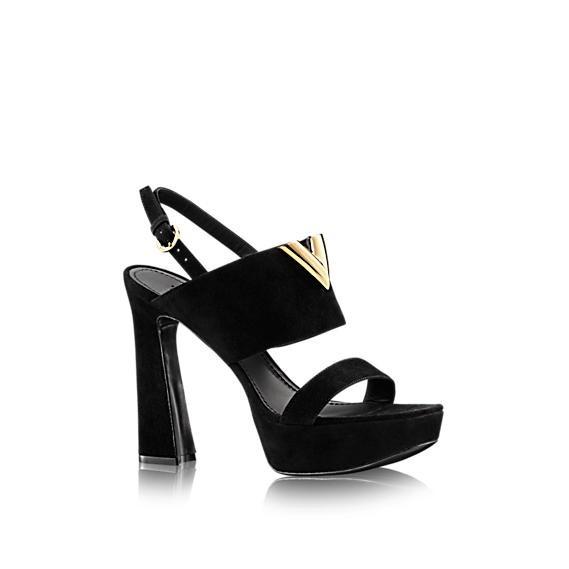 sandalo-con-accessorio-gold scarpe magazine