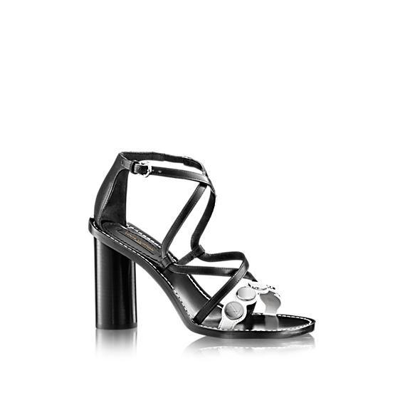 sandalo-con-bottoni.scarpe magazinejpg