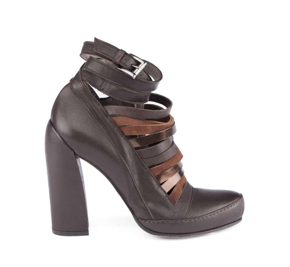 ankle-boot-con-cinturini