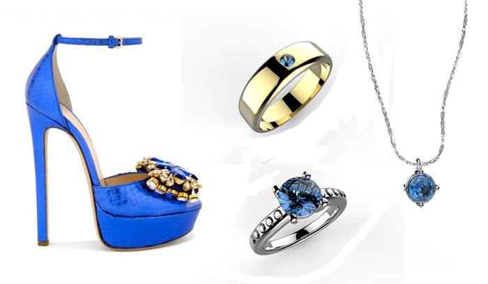 scarpe blu con gioielli e zaffiri