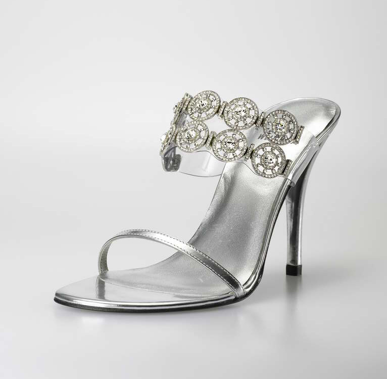10_ScarpeMagazine_diamond-dream-shoe1