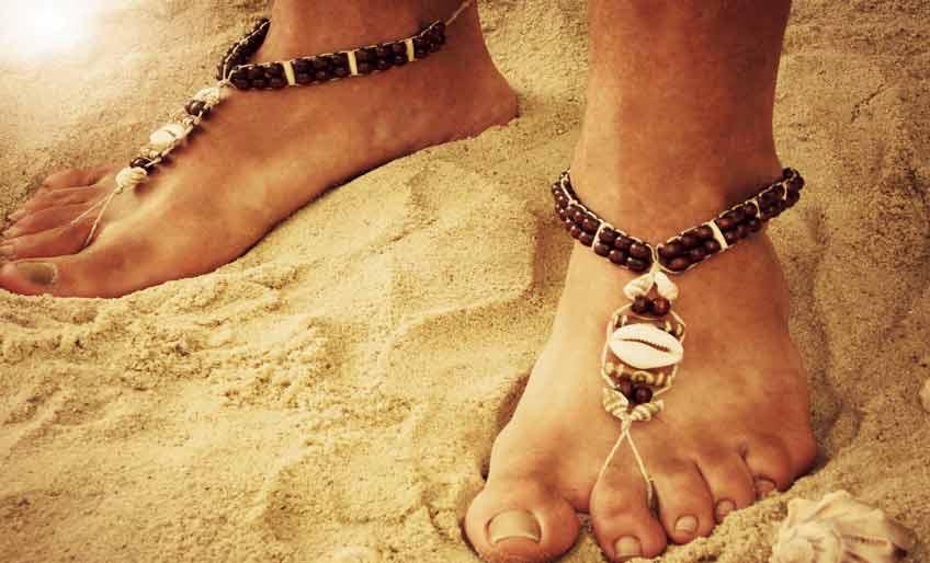 barefoot_sandals_men_cowrie_shell_massive-1