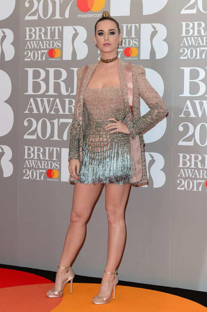 brit-awards-2017-red-carpet-katy-perry-2