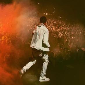 Screenshot-2017-11-21 flame ( travisscott) • Foto e video di Instagram