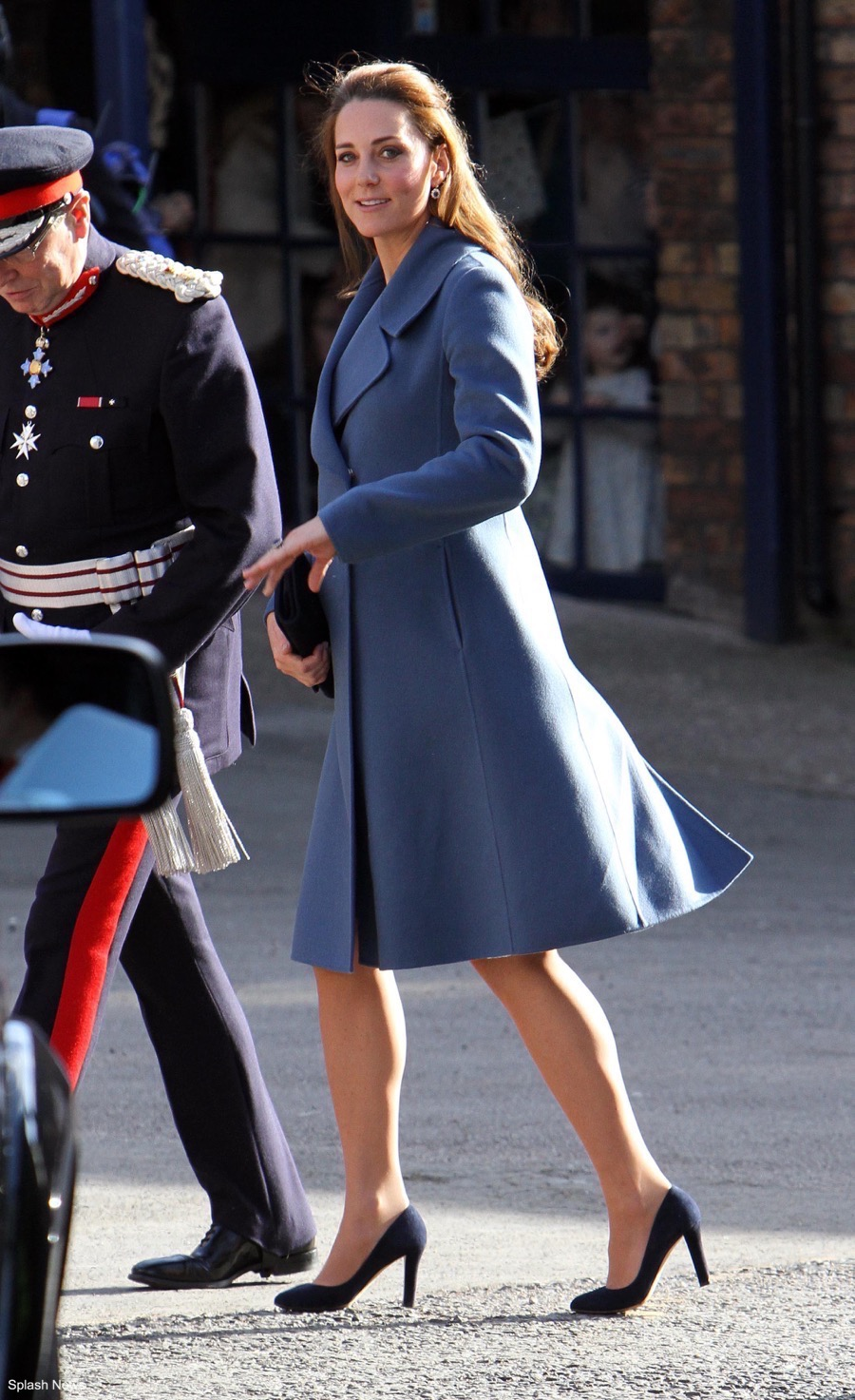 Kate Middleton indossa le decolleté Jimmy Choo nel 20017