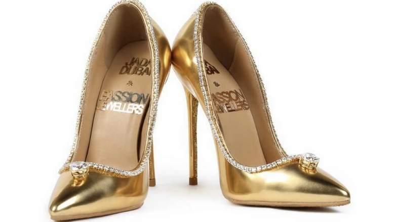 Il lusso si fa scarpa, nasce a Dubai la scarpa in oro e diamanti