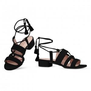 Sandalo nero lacci versione tacco basso