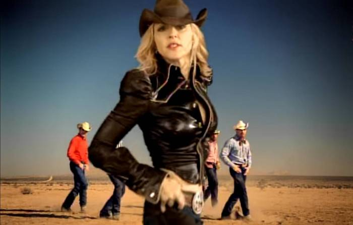 Madonna Don't Tell Me moda autunno