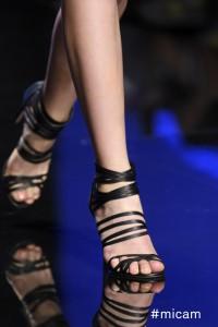 good vibes passerella scarpa nera