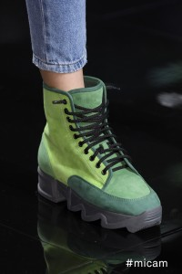 iRi passerella scarpe verdi