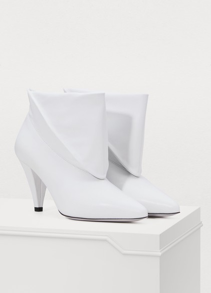 Givenchy Medium heel ankle boots 795€
