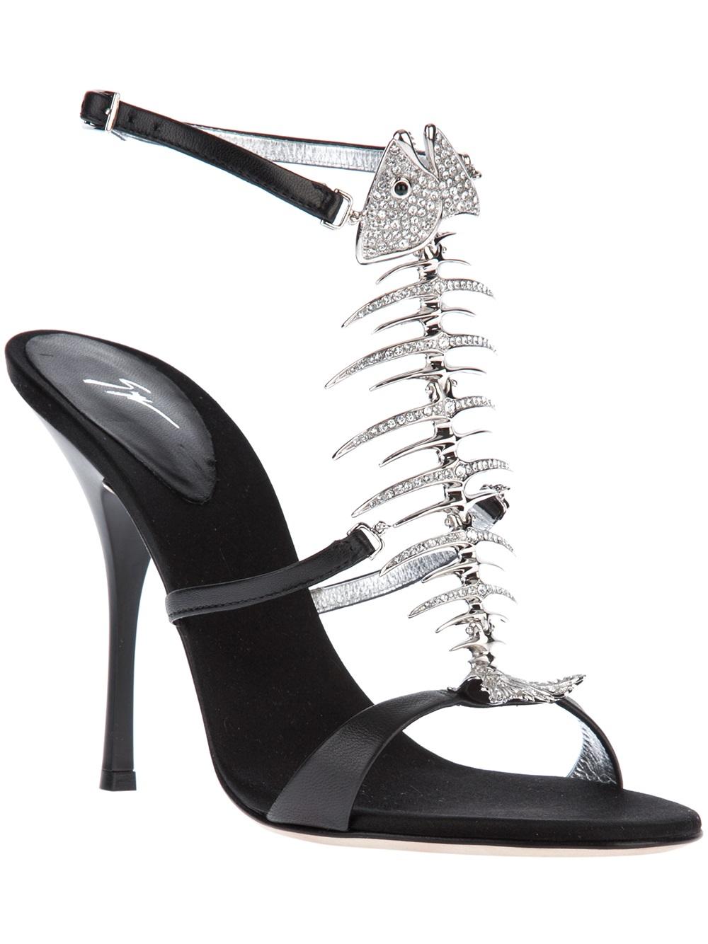 giuseppe-zanotti-design-black-fish-bone-sandal-product-1-17196212-0-199700160-normal