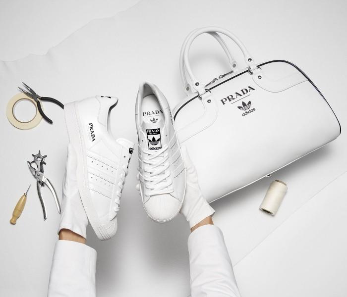 Prada ha annunciato la sua collaborazione con la Limited Edition For Adidas! Ecco svelato il primo look