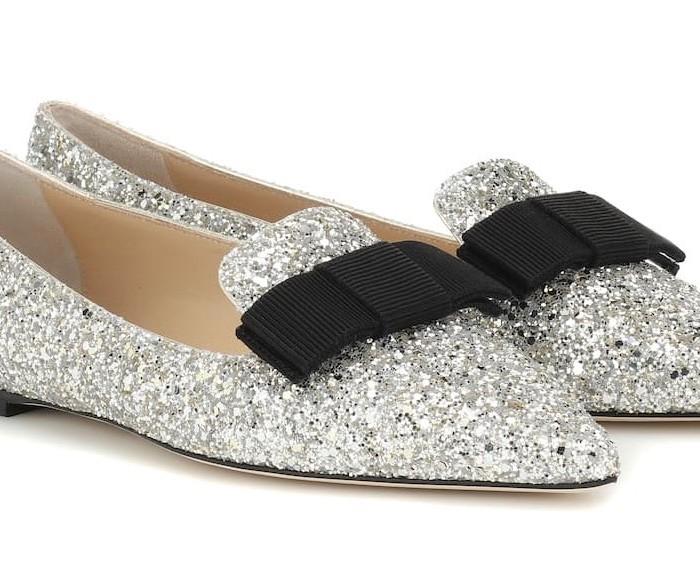 Stivaletti, infradito, ballerine… Ecco tutte le shoes da avere assolutamente per essere sempre al top.